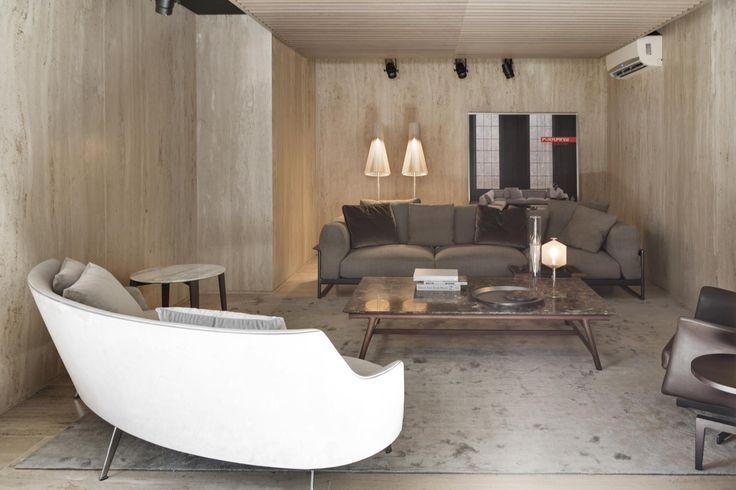 2017 new opening | #FLEXFORM ZENO LIGHT and GUSCIO #sofa, #design Antonio Citterio Photo Courtesy: Ruy Teixeira