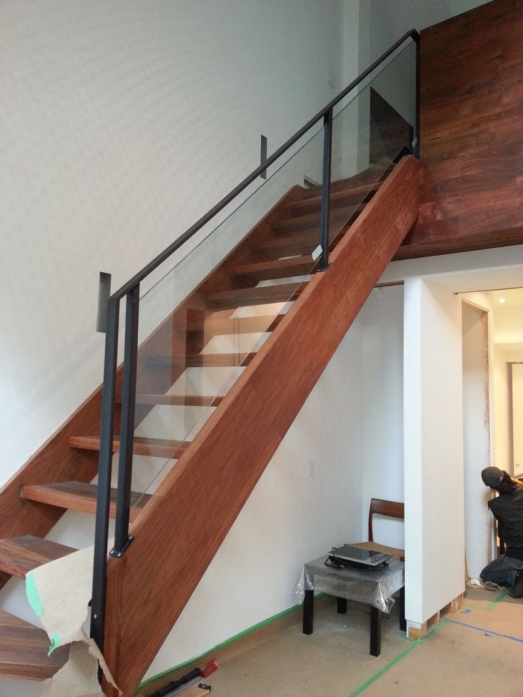 Toronto Glass Railings manufacture by Pro Weld