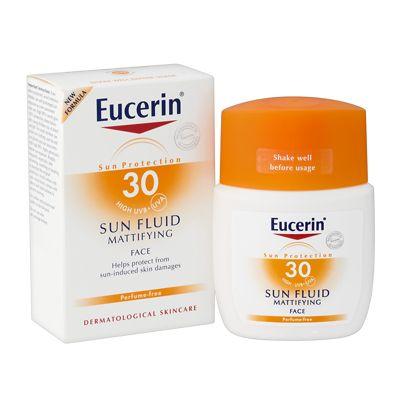 Eucerin SunFace Mattifying Fluid SPF 30 - whatever your makeup, sun protection is a MUST. ครีมกันแดดของยูเซอรินตัวนี้ก็ใช้ดีอยู่ แต่ว่าสำหรับเราทำให้หน้ามันไปนิสนึง ตอนั้นซื้อช่วงโปรจาก http://www.central.co.th/d/beauty-skincare-sun-protection ตอนนี้ยังใช้ไม่หมดเลย ว่าจะเปลี่ยนย่ห้อไปใช้ลาโรช