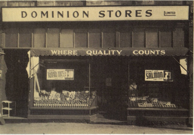 A Toronto Dominion grocery store during the 1920s. #vintage #supermarket #shopping #Canada