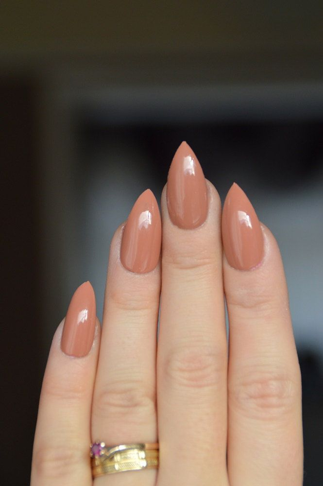 Best 25+ Pointy Nails Ideas On Pinterest