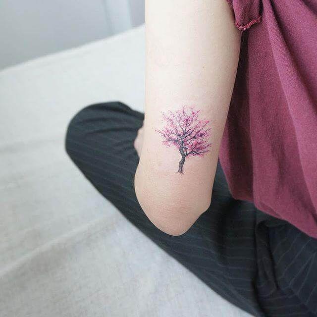 16 das mais lindas, delicadas e femininas tatuagens que você já viu (lista 3) | Tatuagens, Tatuagem, Tatuagens pequenas