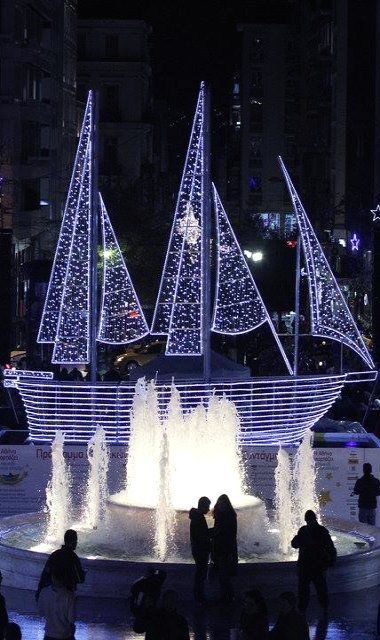 Christmas in Athens, Greece @Joshua Nyberg (Constitution) square