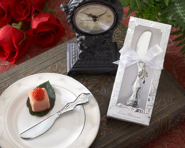 Disney Princess Inspired Spreader Favors For A Fairy Tale Wedding As Low 166