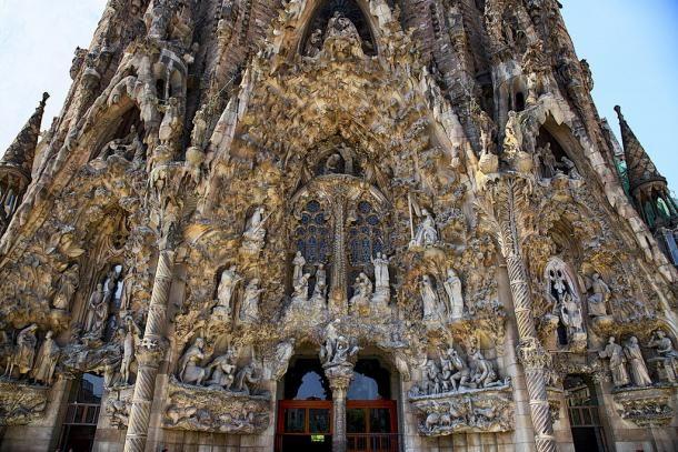 #barcelone #barcelona #барселона #чтопосетить #чтопосмотреть #достопримечательности #саградафамилия #достопримечательностибарселоны #гауди Саграда Фамилия. Путешествие в Барселоне. Цена вопроса. | Барселона10 - путеводитель по Барселоне