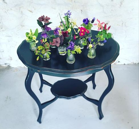 Bring back the posie table