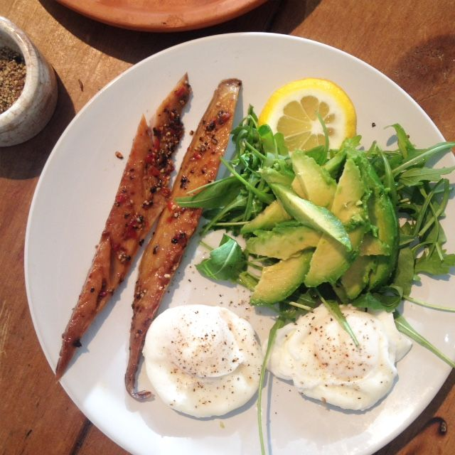 Peppered mackerel with an avocado and rocket tower and poached eggs - Jessipes