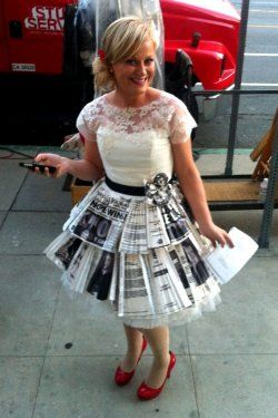 """Loved the wedding episode and how Ann """"made it work"""" It's such a great outfit ( with all the articles as part of the skirt)and the pops of red are great"""