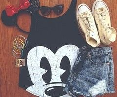 I love the outfit. It would be awesome to go to Disney with the band in.