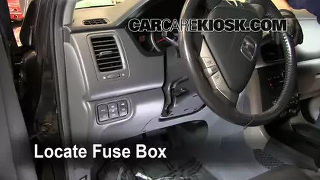 Interior Fuse Box Location: 2003-2008 Honda Pilot - 2006 Honda Pilot EX 3.5L V6