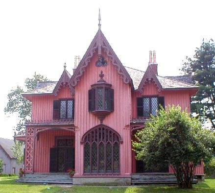 1000 images about gothic revival homes on pinterest for Gothic revival homes for sale