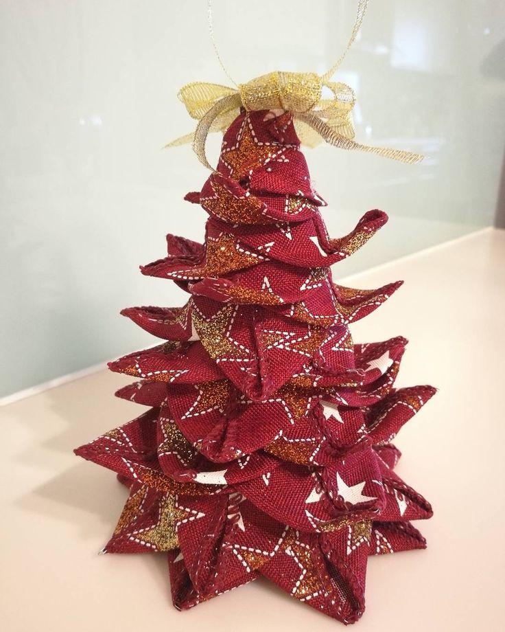 """53 """"Μου αρέσει!"""", 3 σχόλια - Ada Quilted Creations (@adaquiltedcreations) στο Instagram: """"New ornament!!! A little Christmas tree ready to be hung on your tree or as a table decoration. I…"""""""