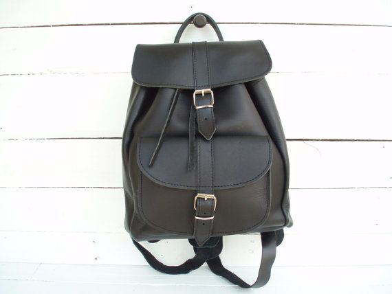 Backpack  Handmade Leather Black Medium one pocket by MagusLeather, €128.00