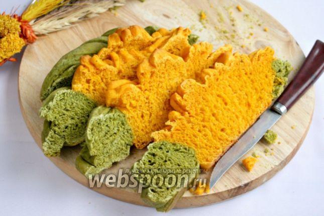 Фото Морковно-шпинатный хлеб «Цветок»