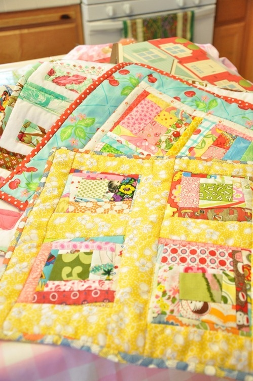 mini quilts - doll quilts