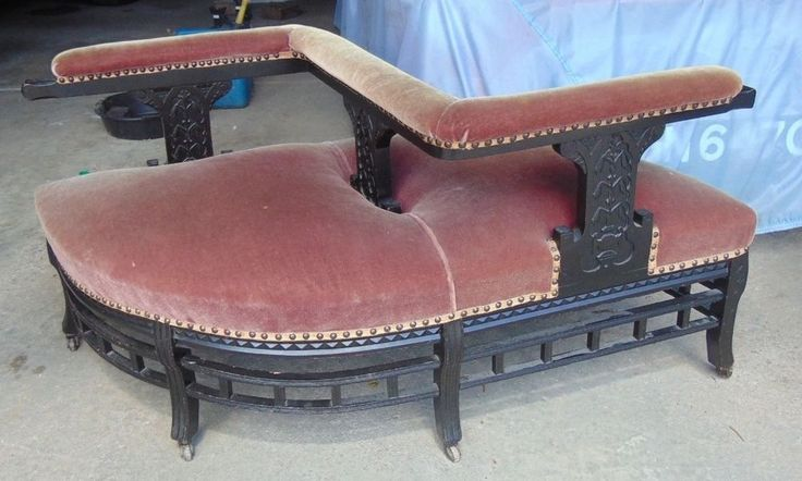 EARLY 1900'S VICTORIAN TETE A TETE COURTING COUCH BLACK LACQUER PAINT MOHAIR