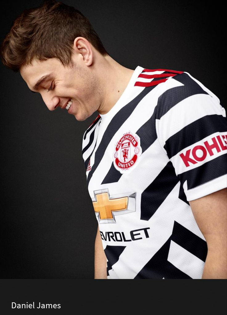 2020/21 Third shirt in 2020 | Manchester united, Old ...