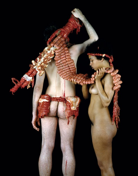 Dimitri Tsykalov hits the war, meat and nude in form with his sculptures. Dangerous, Brain explosions!