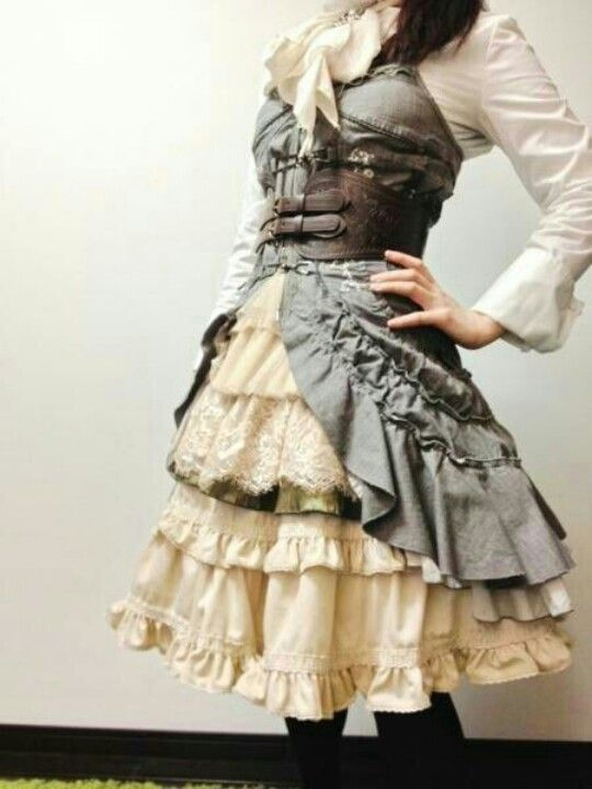 Steampunk dress <3  I repin this everytime I see it, can someone please just tell me where to buy this? If only I was rich!