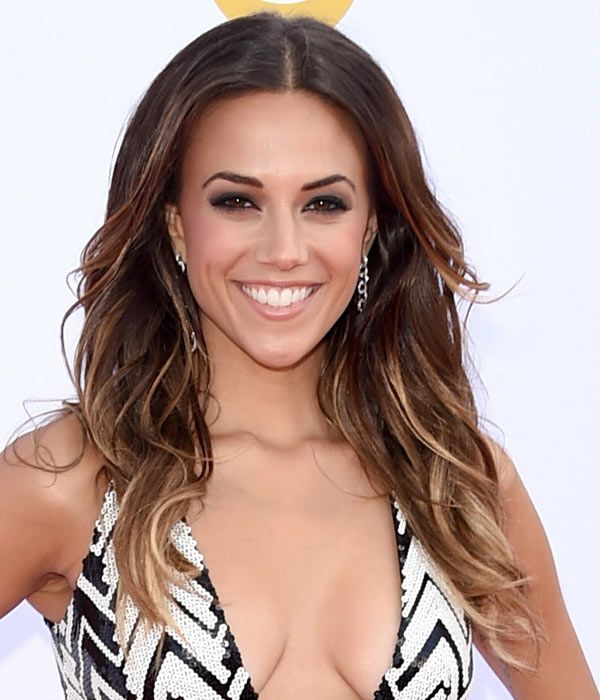 PromHair2015: Loose curls like Jana Kramer