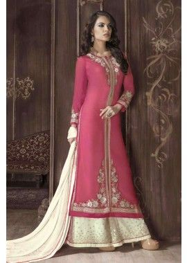 georgette rouge salwar kameez,  110,00 €, #ModeBollywood #RobeIndiennes #SalwarKameezIndien #Shopkund