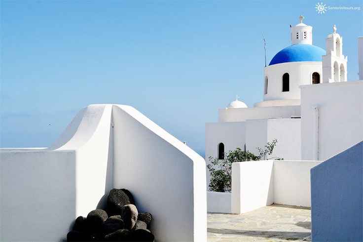 5 Unique things about Santorini island