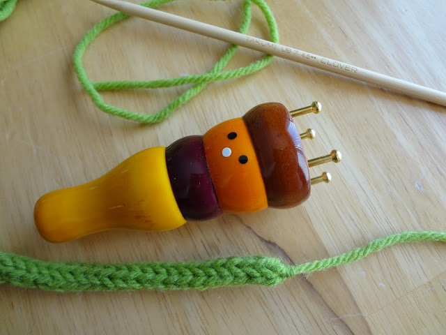 Adventures in Stitching: How to Use a French Knitter