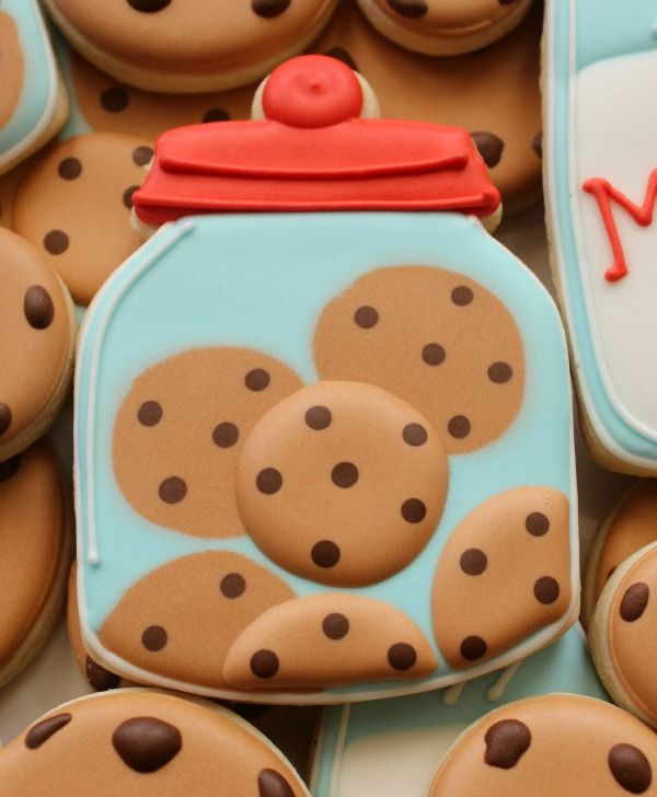 Chips Ahoy / Tollhouse Chocolate Chip Cookies in a Jar Decorated Sugar Cookies ~ Cookies and Milk