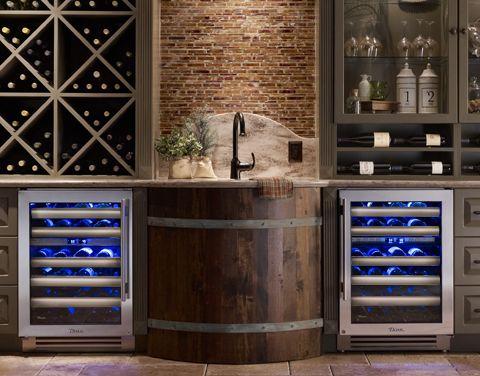 Awesome home bar set up!