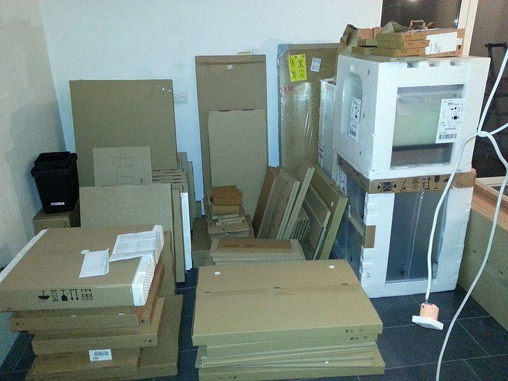 Vor dem IKEA Metod Aufbau - die Lieferung