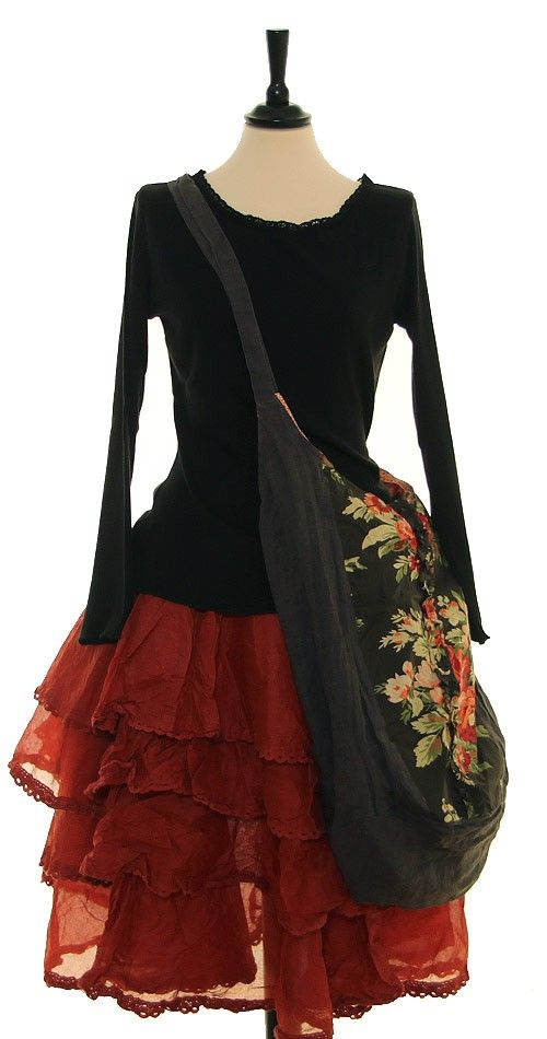 City bag and ruffled skirt. Perfect for a day out in the city.