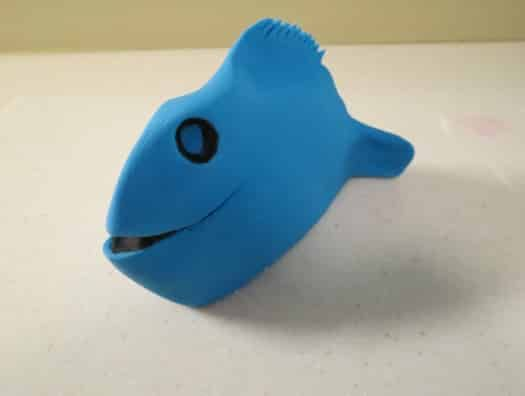 Share Tweet +1 Pin Share  Finding Dory is an animated children's movie that is being released in theaters this month. Dory, a loveable blue tang fish, goes on an epic adventure with her friends in search of her mom and dad. Learn how to make this popular character as a fondant cake topper. This is what I…   [read more...]