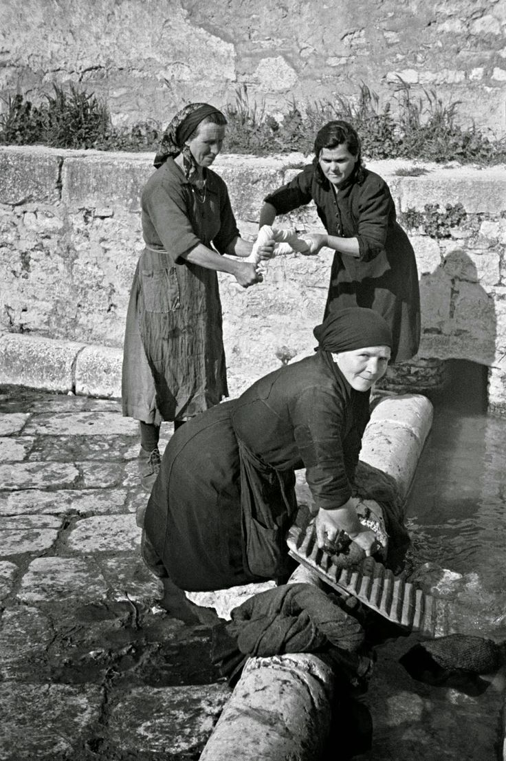 Italian Vintage Photographs ~  Campobasso, Italy in 1944 ~ Local women washing clothes in the old Roman washing place in Campobasso