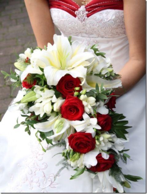 imágenes de ramos de novia en cascada
