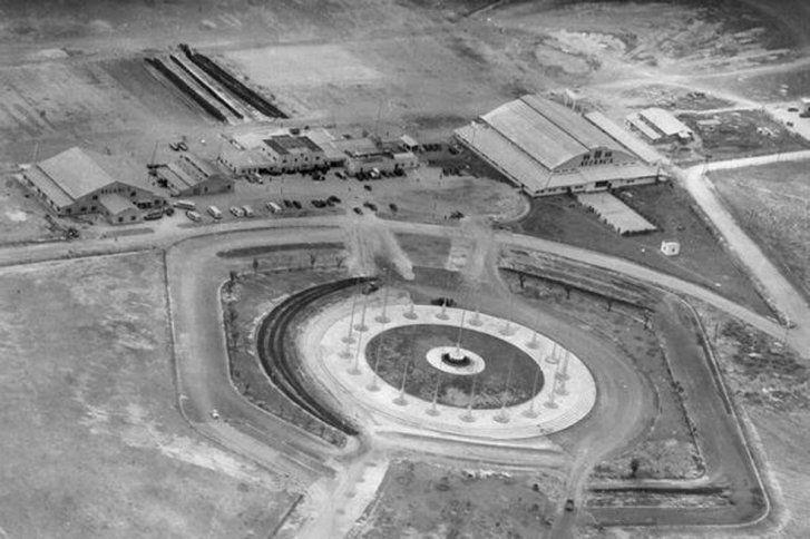 Aeródromo de Techo y monumento a Banderas, vista aérea en 1930.
