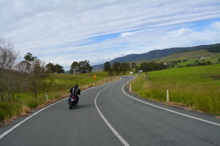 CFMoto 650NK opens up on the Mt Lindesay Highway