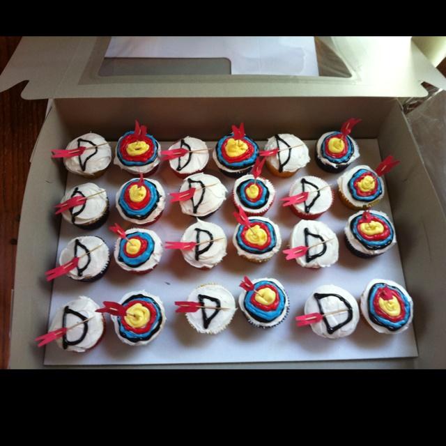 Cute archery cupcakes
