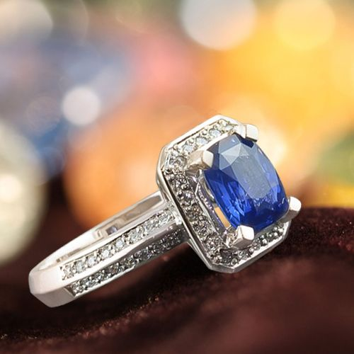 Make your moments more special browse our range of beautiful gold, silver, white gold and diamond rings with an elegant combination of tanzanite stone.