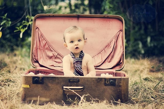 baby in suitcase #baby #photography #photo #ideas