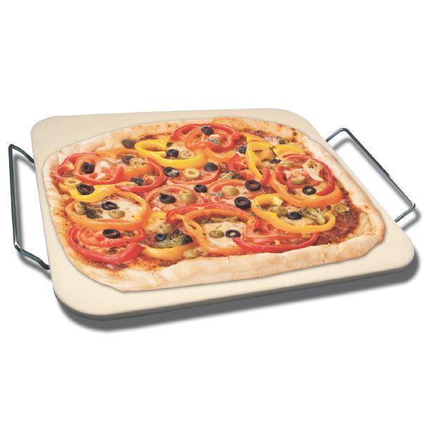 Pizzastein. 199,- https://www.kitchn.no/nettbutikk/gryter-og-panner/ild-og-ovnsfast/146680/