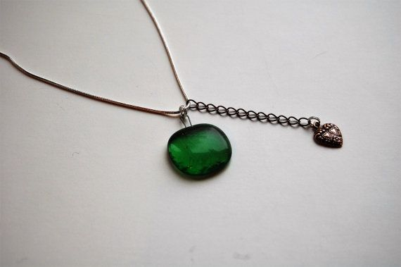 Hey, I found this really awesome Etsy listing at https://www.etsy.com/no-en/listing/267463041/voluspa-necklace-green