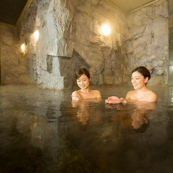 """北海道・帯広観光におすすめしたい、旅の疲れを癒せる""""温泉""""があるホテルをリストアップしました。女子旅にぴったりな「美肌の湯」から、帯広名物「豚丼」が朝食バイキングに登場するホテルまで!十勝川温泉もある帯広周辺の人気のホテルをご紹介します。"""