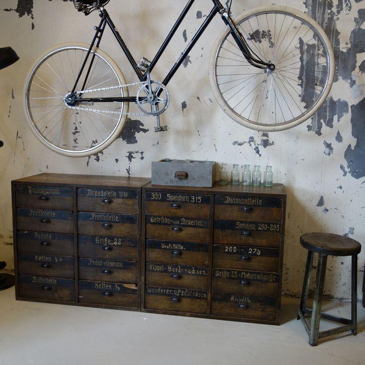 Craft Industry | Oude fietsenmakers kast
