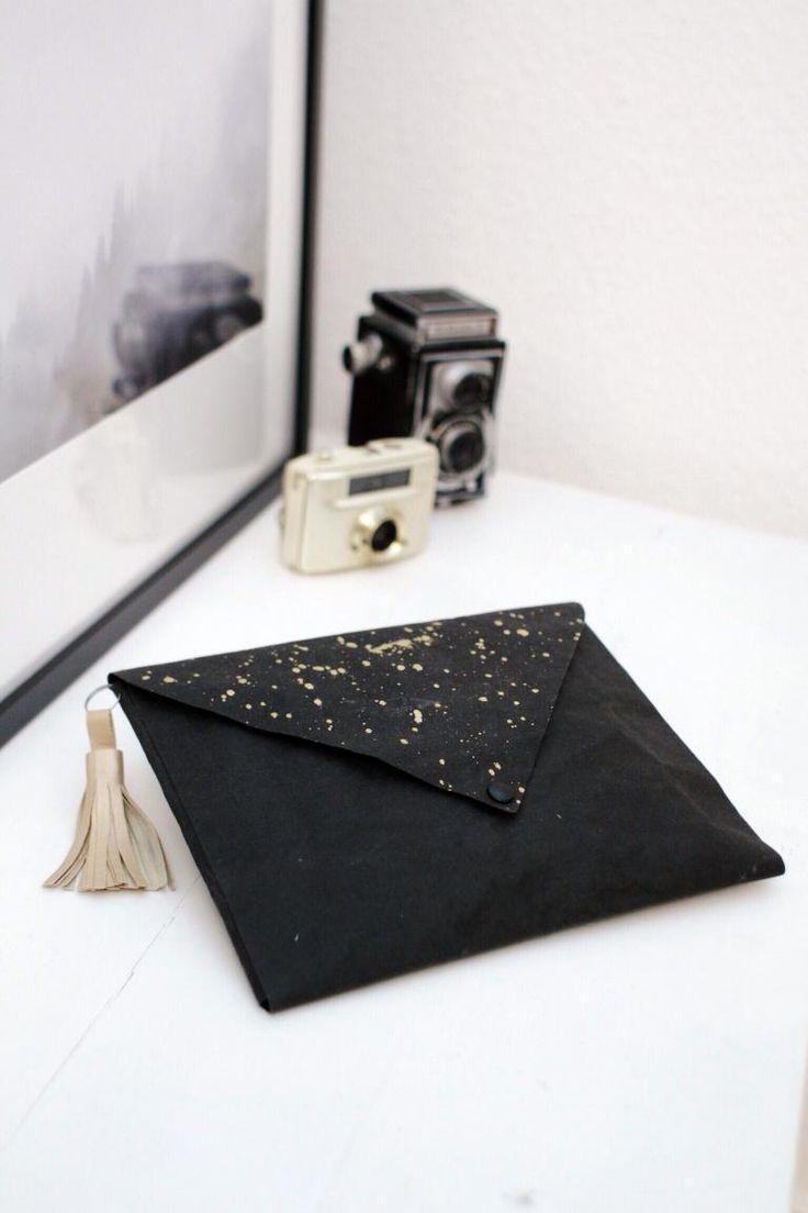 Clutch / Tasche / selber machen / DIY / Snappap / Sprenkel Gold / Tassel / Briefkuverttasche selbst gemacht