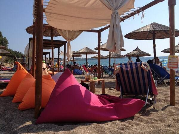 poofomania# cafe- bar ΙΟΝΙΟΝ#Πρέβεζα##bean bag outdoor#beach#