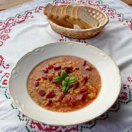 Egy finom Vöröslencse leves ebédre vagy vacsorára? Vöröslencse leves Receptek a Mindmegette.hu Recept gyűjteményében!
