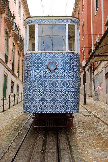Lisboa, Menina e Moca
