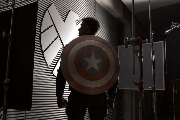 Kaptan Amerika: Kış Askeri #vizyondakifilmler http://www.sinemadevri.com/kaptan-amerika-kis-askeri.html