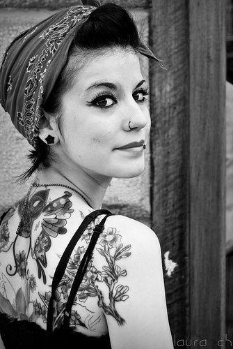 Rosie stylePattern Tattoo, Dark Hair, Dark Eye, Black Hair, Back Tattoo, Tattoo Design, Tattoo Ink, Design Tattoo, Pin Up Girls