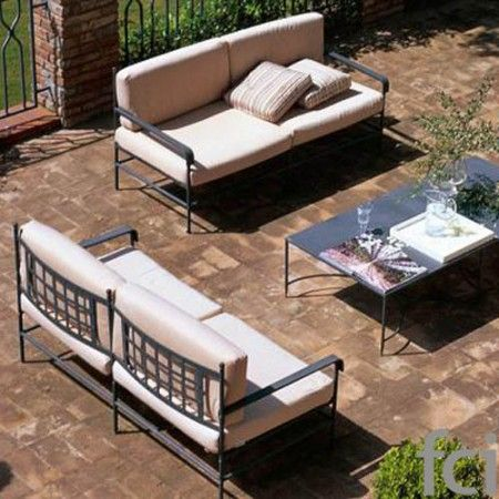 Toscana Seating System by #Unopiu starting from £110. Showroom open 7 days a week. #fcilondon #furniture_showroom_london #furniture_stores_london #Unopiu_garden_furniture #Unopiu_outdoor_furniture #Modern_Outdoor_Furniture